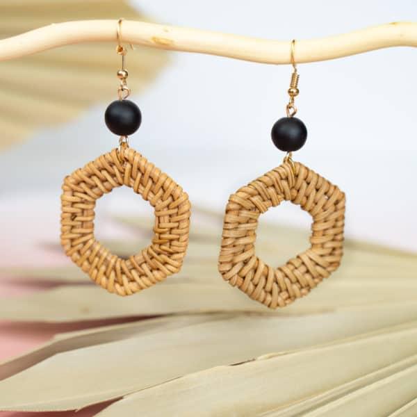 Beanne-Earrings-Black-Margrit-Co